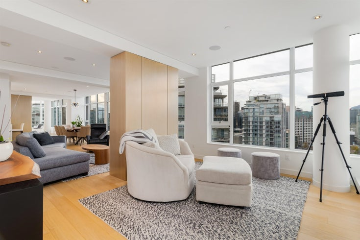 3603 688 ABBOTT STREET - Downtown VW Apartment/Condo for sale, 4 Bedrooms (R2627711)