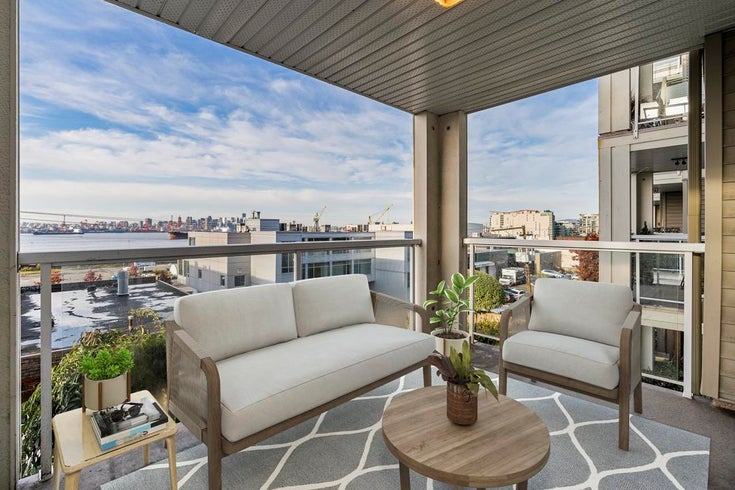 210 365 E 1 STREET - Lower Lonsdale Apartment/Condo for sale, 2 Bedrooms (R2627712)