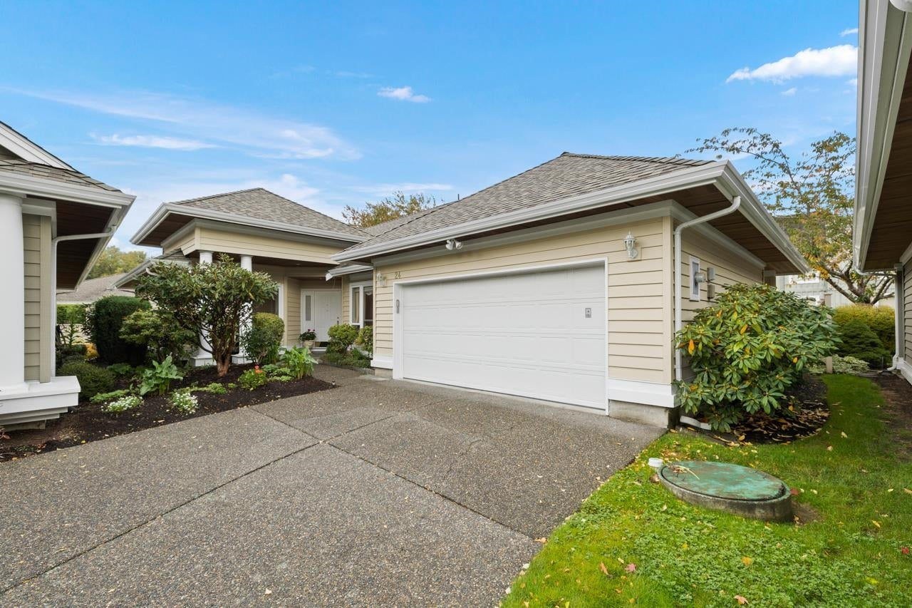 24 1881 144 STREET - Sunnyside Park Surrey House/Single Family for sale, 2 Bedrooms (R2627725)