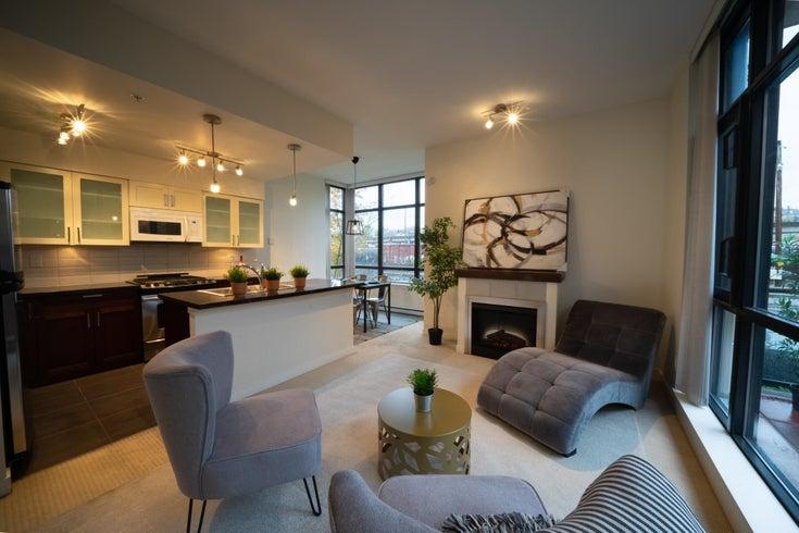 10 1 RENAISSANCE SQUARE - Quay Townhouse for sale, 3 Bedrooms (R2627737)