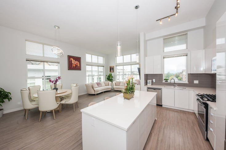 D419 8150 207 STREET - Willoughby Heights Apartment/Condo for sale, 2 Bedrooms (R2627746)