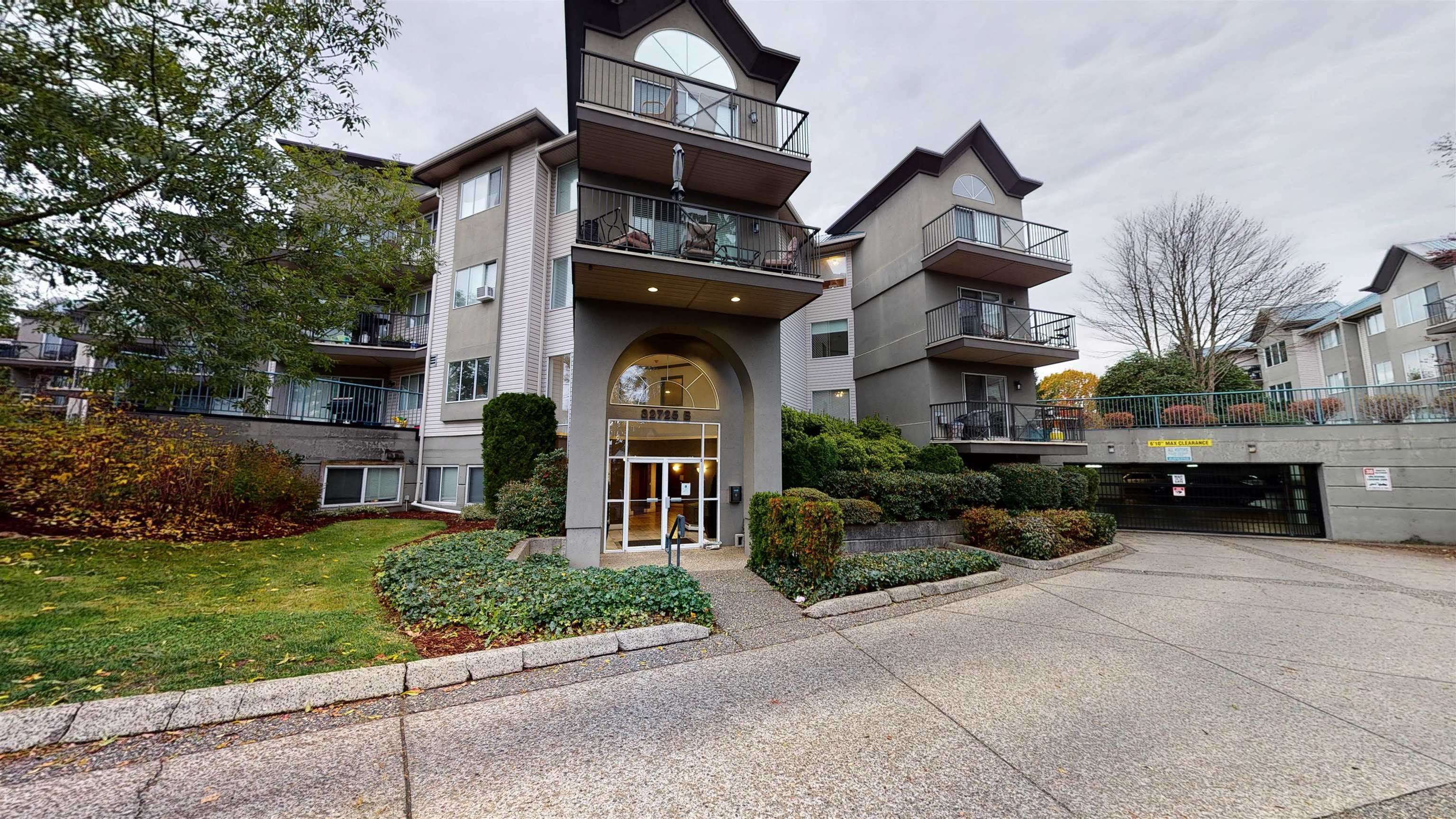 112 32725 GEORGE FERGUSON WAY - Abbotsford West Apartment/Condo for sale, 2 Bedrooms (R2627982)