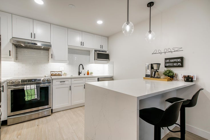 113 2551 PARKVIEW LANE - Central Pt Coquitlam Apartment/Condo for sale, 1 Bedroom (R2628086)