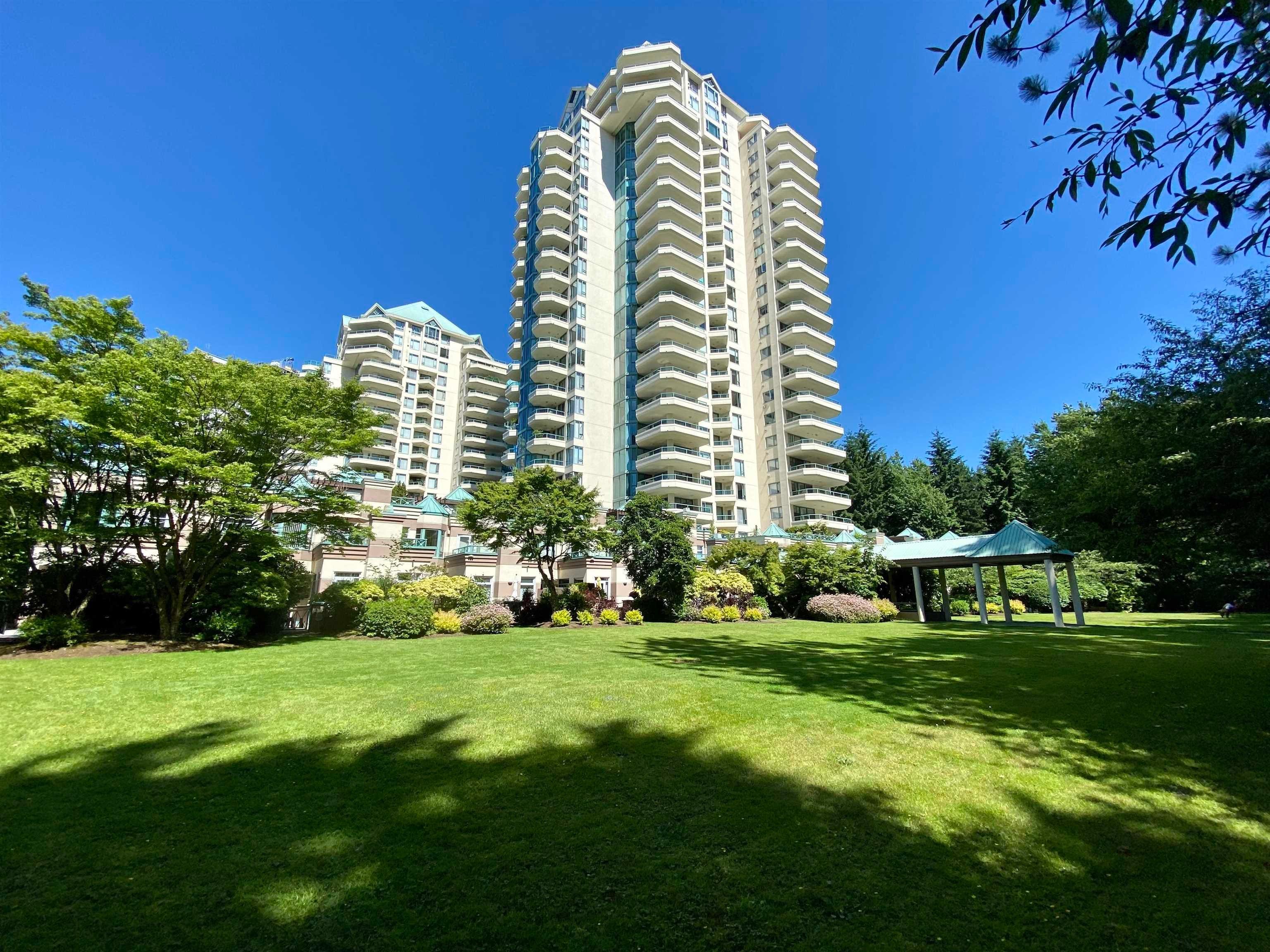 19B 338 TAYLOR WAY - Park Royal Apartment/Condo for sale, 2 Bedrooms (R2628396)