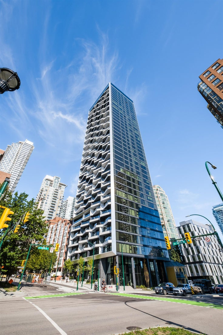 706 889 PACIFIC STREET - Downtown VW Apartment/Condo for sale, 2 Bedrooms (R2628433)