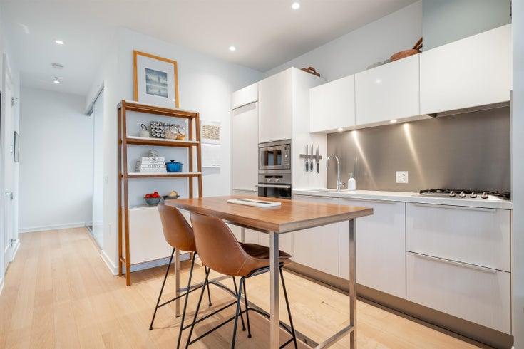 710 123 W 1ST AVENUE - False Creek Apartment/Condo for sale, 2 Bedrooms (R2628457)