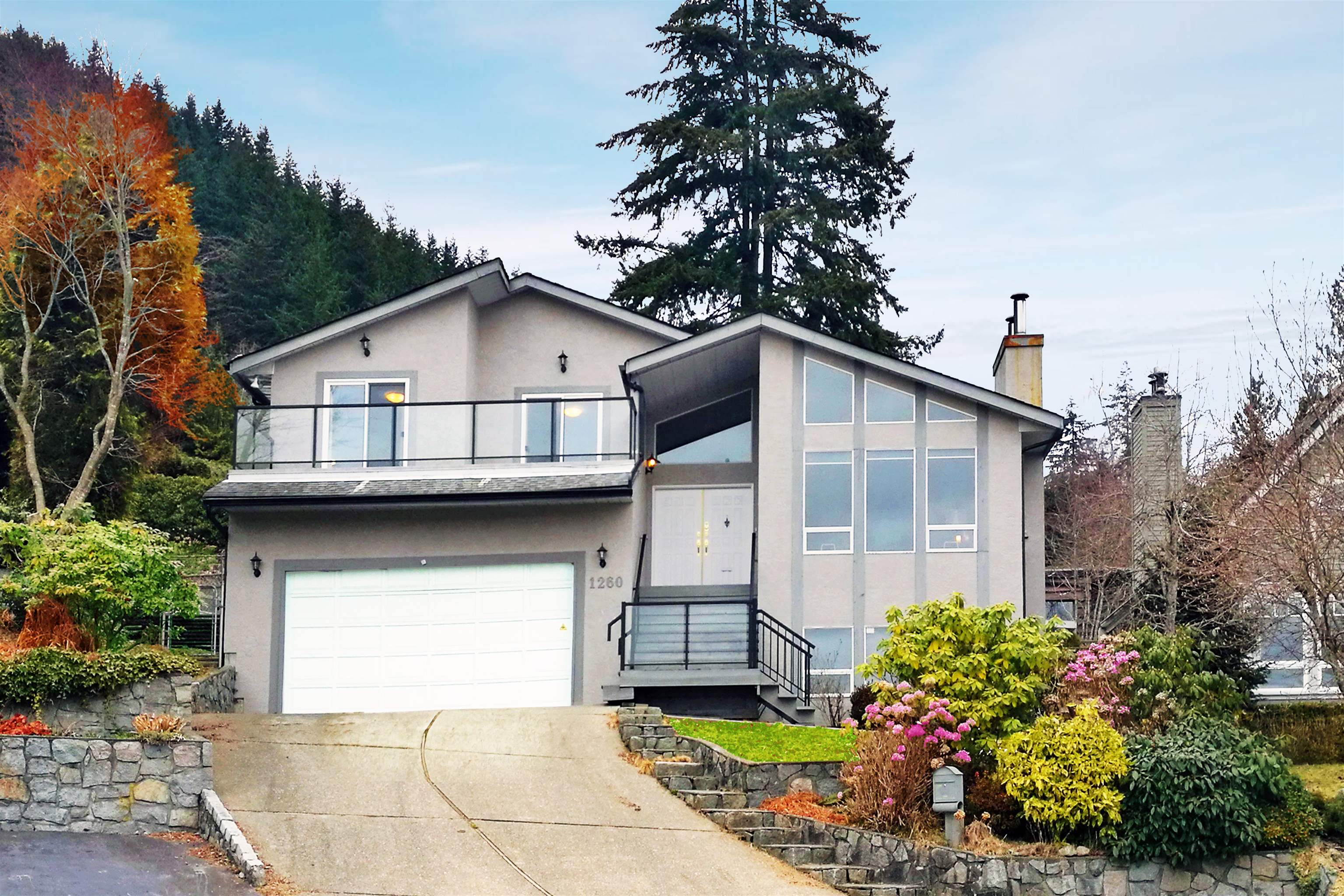 1260 EVELYN STREET - Lynn Valley House/Single Family for sale, 4 Bedrooms (R2628500) - #1