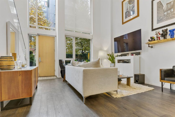 1335 CONTINENTAL STREET - Downtown VW Townhouse for sale, 1 Bedroom (R2628554)