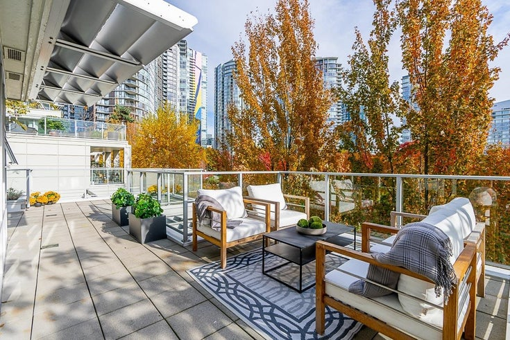 507 633 KINGHORNE MEWS - Yaletown Apartment/Condo for sale, 2 Bedrooms (R2628585)