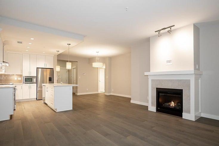 111 5099 SPRINGS BOULEVARD - Tsawwassen North Apartment/Condo for sale, 2 Bedrooms (R2628644)