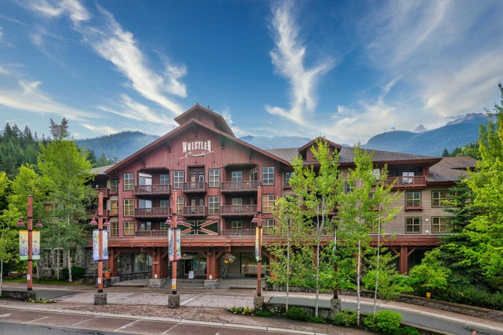204A 2036 LONDON LANE - Whistler Creek Apartment/Condo for sale, 1 Bedroom (R2628656)