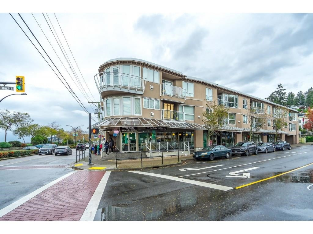 209 1119 VIDAL STREET - White Rock Apartment/Condo for sale, 1 Bedroom (R2628681)