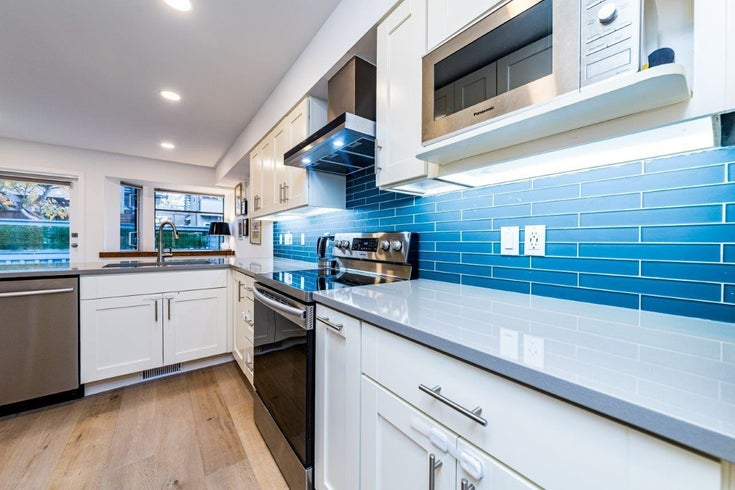 10 2118 EASTERN AVENUE - Central Lonsdale Townhouse for sale, 3 Bedrooms (R2628761)