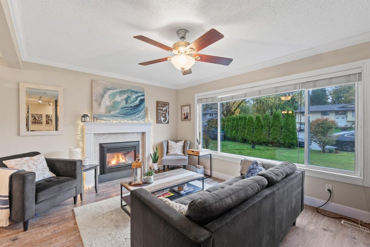 15536 MADRONA DRIVE - King George Corridor House/Single Family for sale, 3 Bedrooms (R2628786)