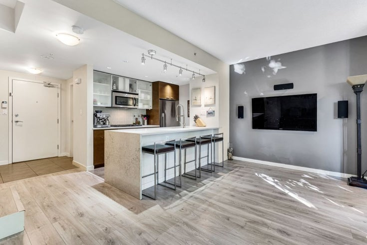 107 980 COOPERAGE WAY - Yaletown Townhouse for sale, 2 Bedrooms (R2628906)