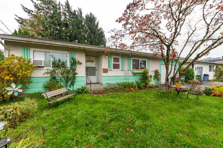 8684 BROADWAY STREET - Chilliwack E Young-Yale House/Single Family for sale, 2 Bedrooms (R2628982)
