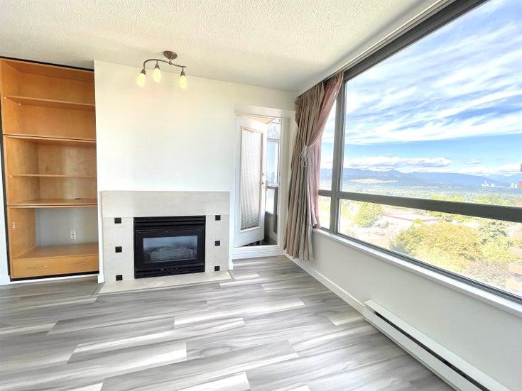 1208 4888 HAZEL STREET - Forest Glen BS Apartment/Condo for sale, 2 Bedrooms (R2629117)