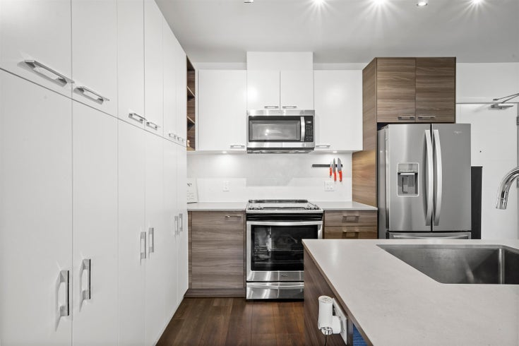 610 10581 140 STREET - Whalley Apartment/Condo for sale, 1 Bedroom (R2629192)