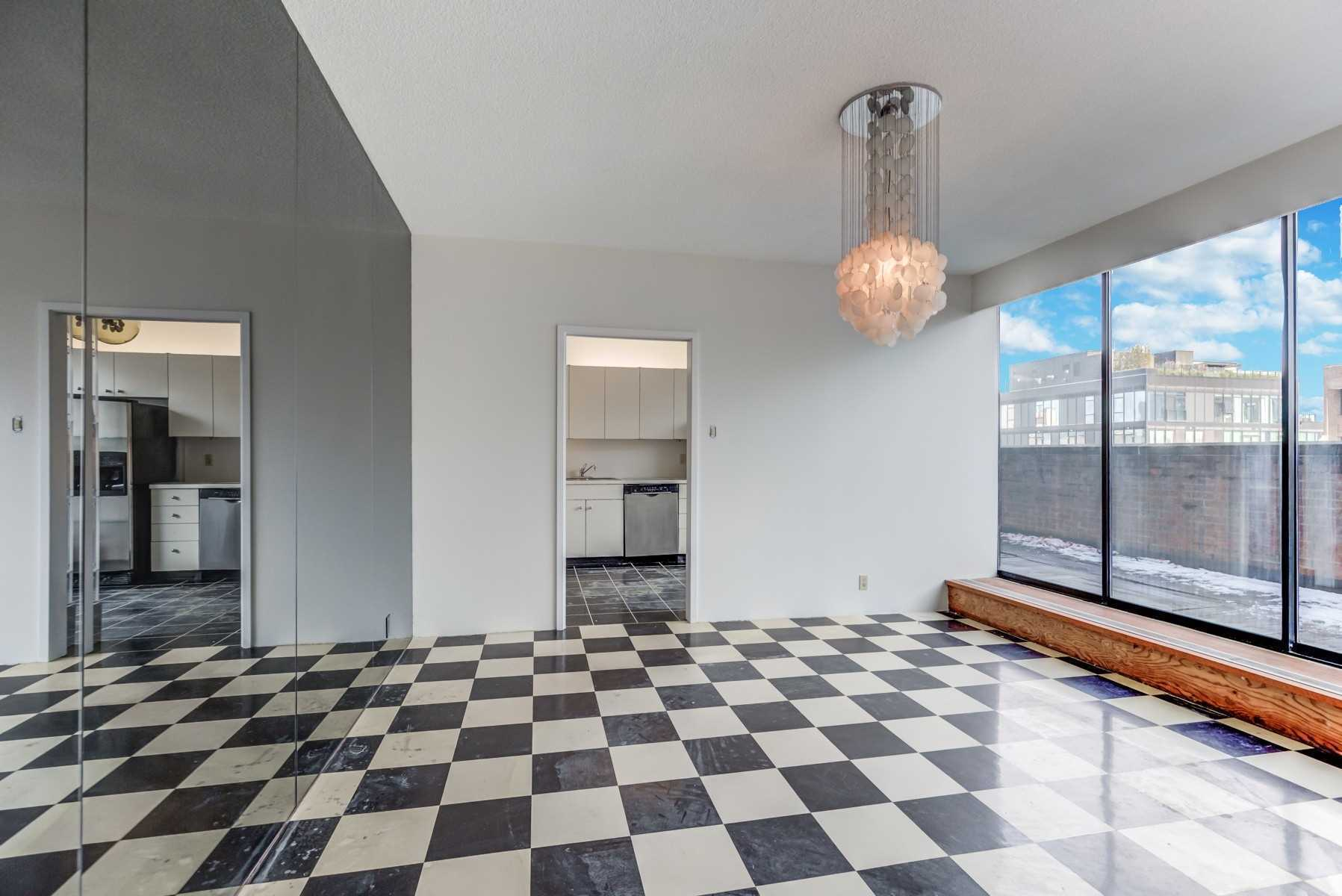 607 - 55A Avenue Rd - Annex Condo Apt for sale, 2 Bedrooms (C5185690) - #17