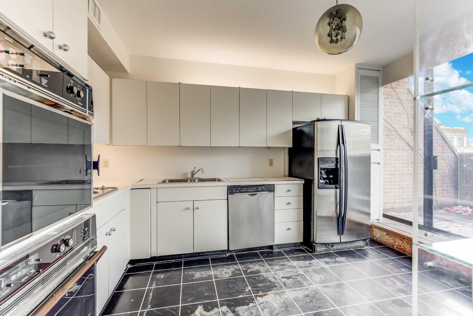 607 - 55A Avenue Rd - Annex Condo Apt for sale, 2 Bedrooms (C5185690) - #18