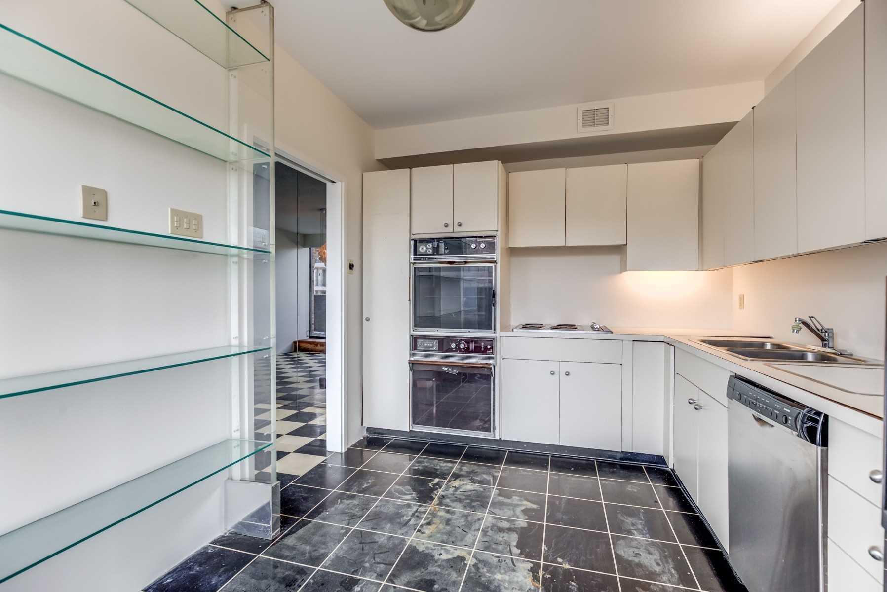 607 - 55A Avenue Rd - Annex Condo Apt for sale, 2 Bedrooms (C5185690) - #20