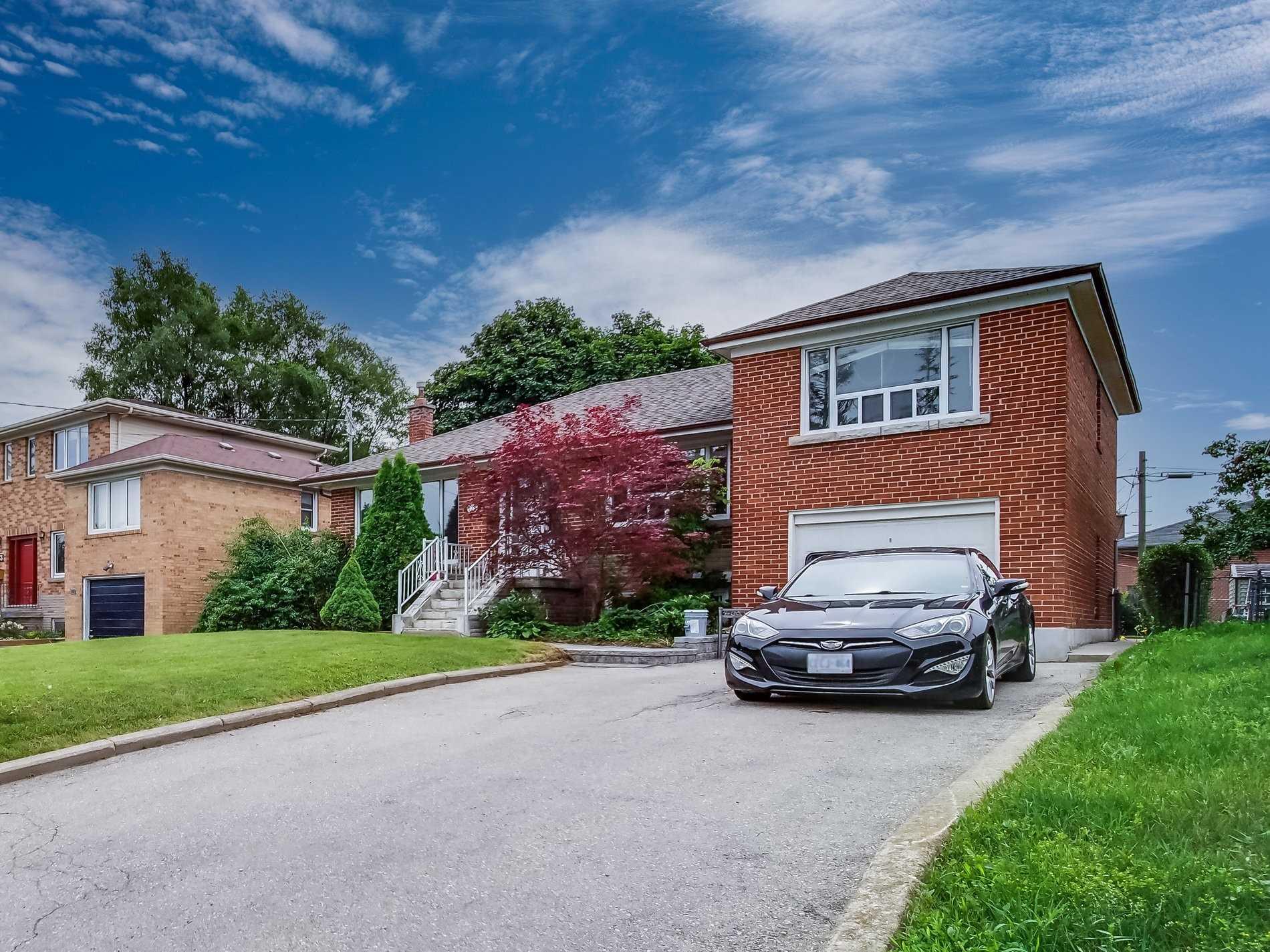 175 Brighton Ave - Bathurst Manor Detached for sale, 3 Bedrooms (C5322889) - #1