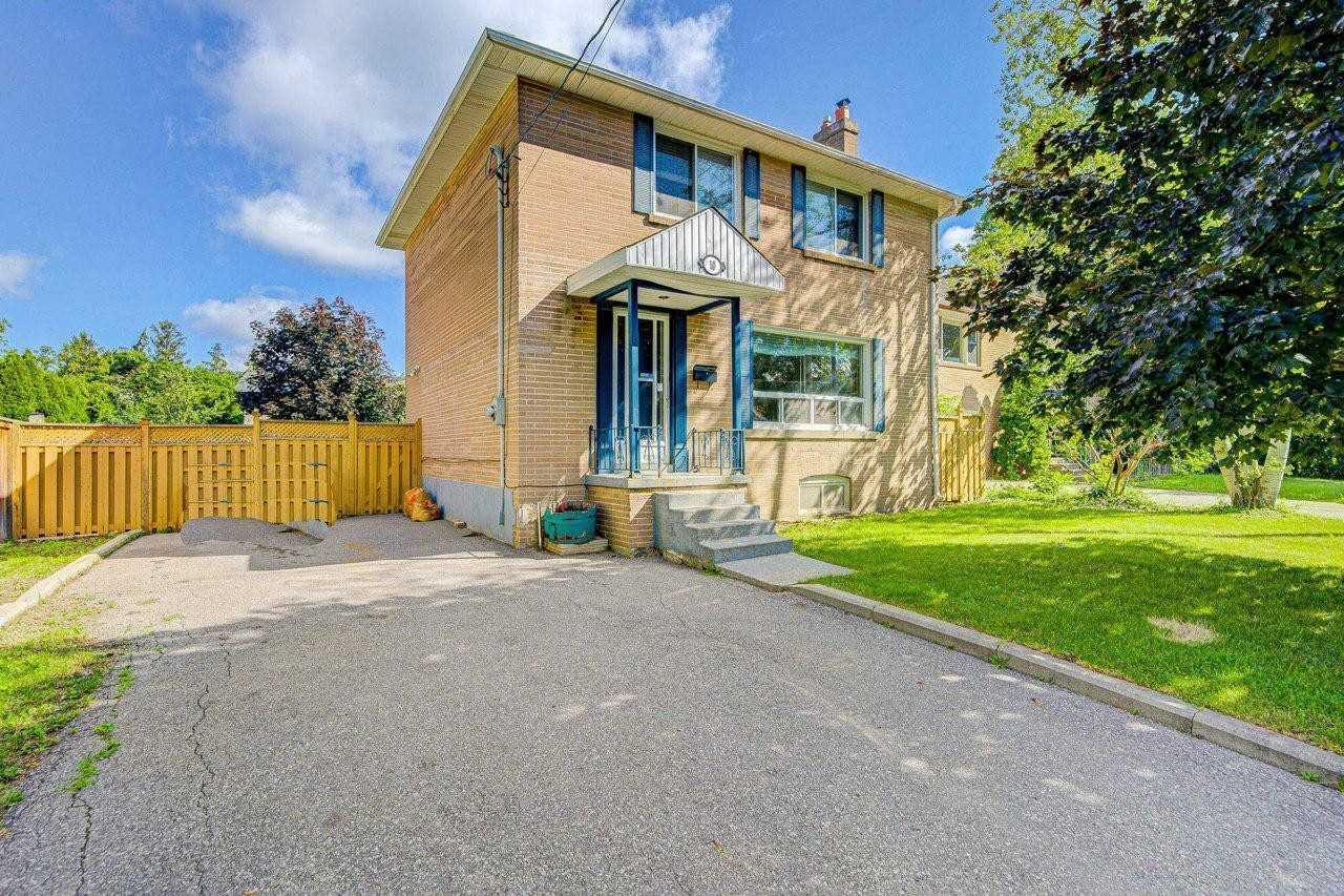 10 Urbandale Ave - Newtonbrook East Detached for sale, 3 Bedrooms (C5323650) - #1