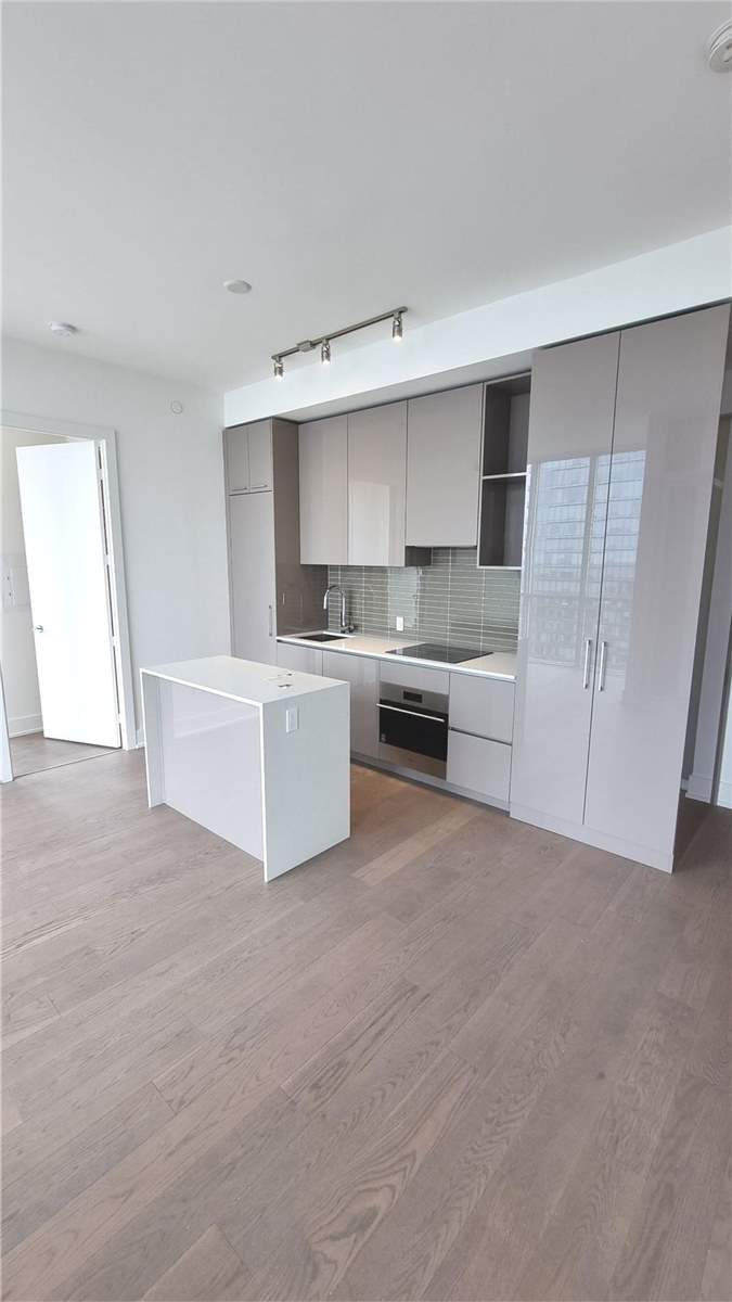 5605 - 1 Yorkville Ave - Annex Condo Apt for sale, 3 Bedrooms (C5364093)
