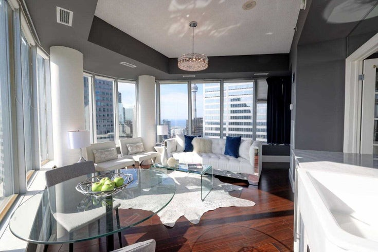 4707 - 1 King St W - Bay Street Corridor Condo Apt for sale, 1 Bedroom (C5376350)