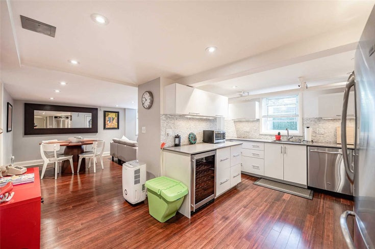 67B Douglas Cres - Leaside Condo Apt for sale, 2 Bedrooms (C5376555)