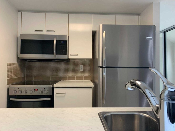 2709 - 38 Elm St - Bay Street Corridor Condo Apt for sale, 1 Bedroom (C5381645)