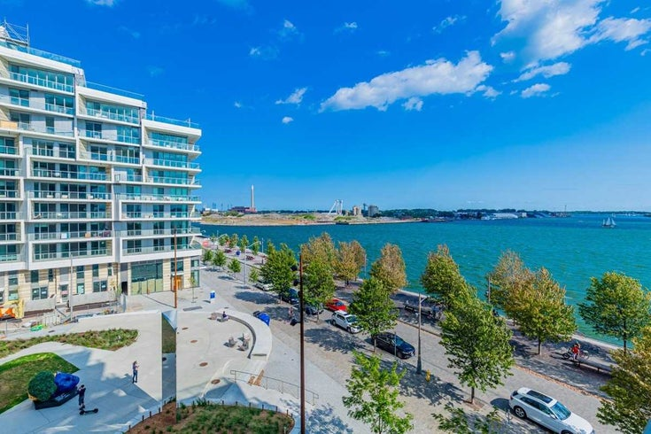 417 - 1 Edgewater Dr - Waterfront Communities C8 Condo Apt for sale, 2 Bedrooms (C5382555)