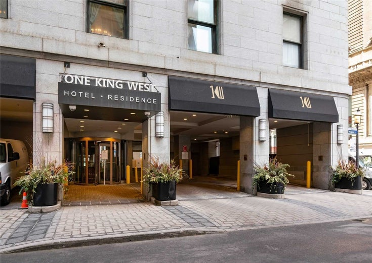 914 - 1 King St W - Bay Street Corridor Condo Apt for sale, 1 Bedroom (C5384350)