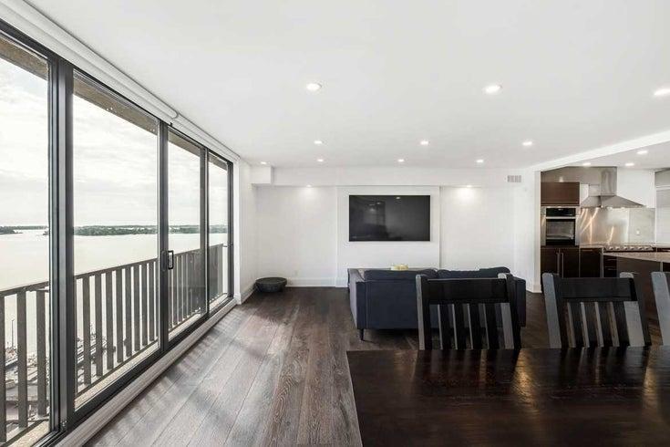 2438 - 33 Harbour Sq - Waterfront Communities C1 Condo Apt for sale, 2 Bedrooms (C5413951)