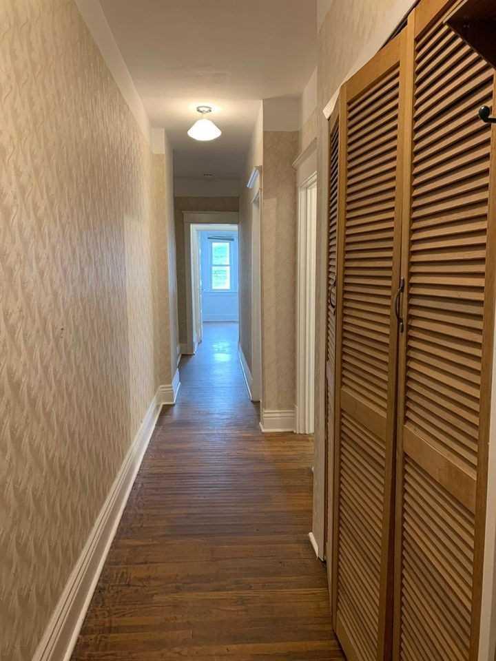 1564 Queen St E - Greenwood-Coxwell Multiplex for sale, 3 Bedrooms (E5223564)