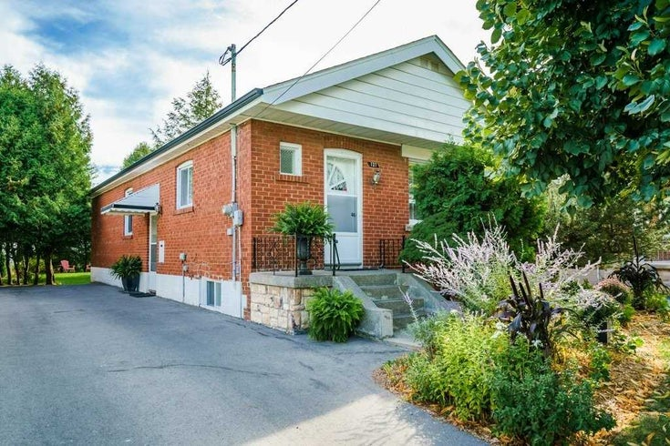 127 Ferris Rd - O'Connor-Parkview Detached for sale, 3 Bedrooms (E5377606)