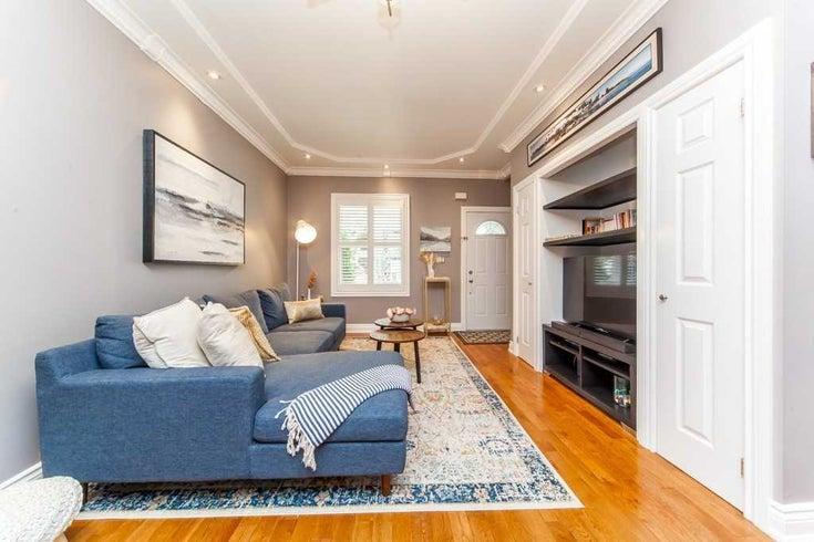 121 Leslie St - South Riverdale Semi-Detached for sale, 3 Bedrooms (E5381422)