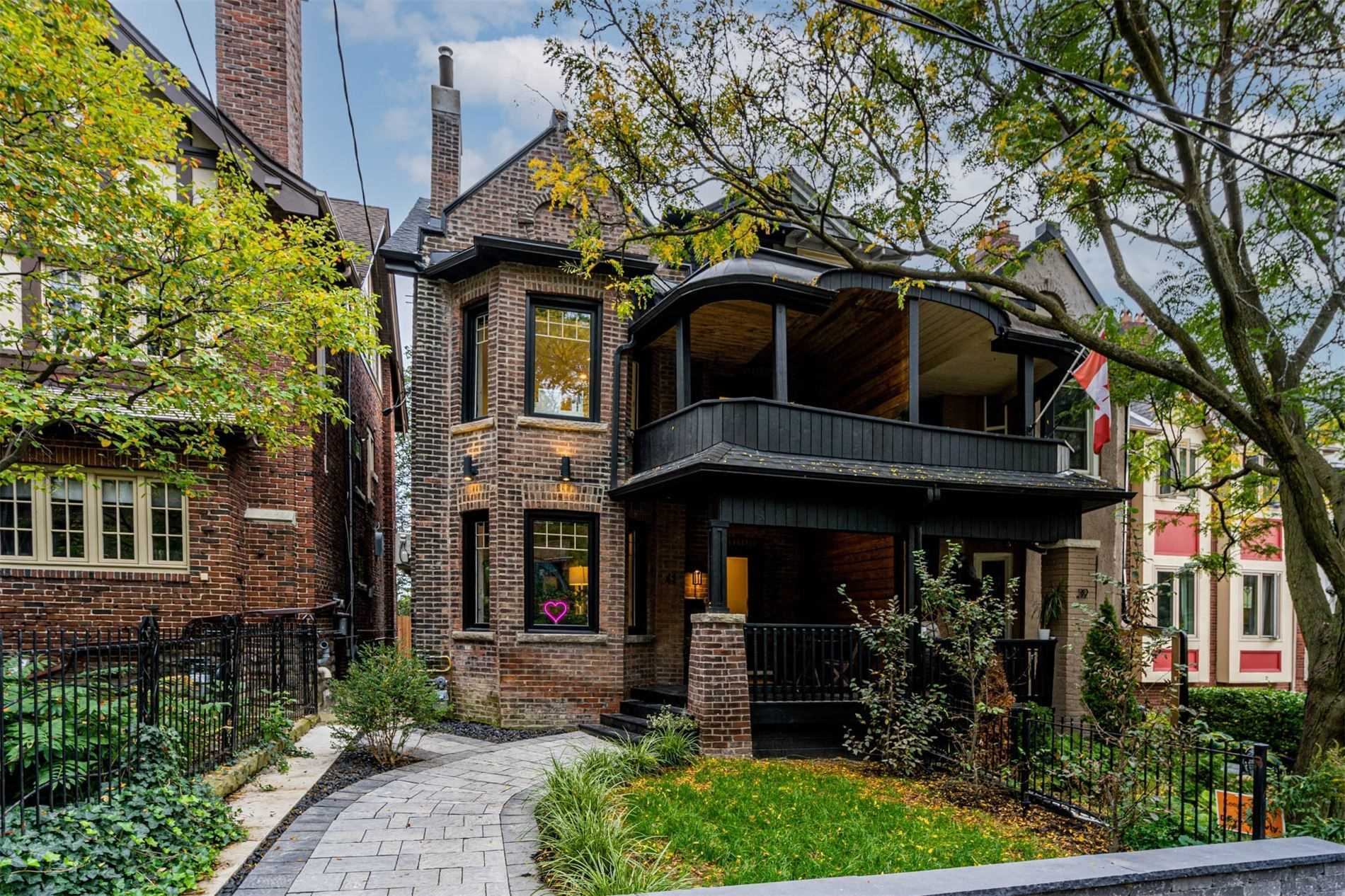 41 Hogarth Ave - North Riverdale Semi-Detached for sale, 4 Bedrooms (E5402119) - #1
