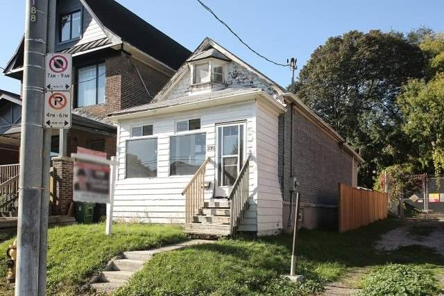 330 Coxwell Ave - Greenwood-Coxwell Detached for sale, 2 Bedrooms (E5408892)