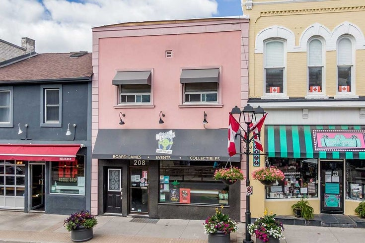 208 Main St S - Central Newmarket Store w/Apt/Offc for sale, 2 Bedrooms (N5283941)
