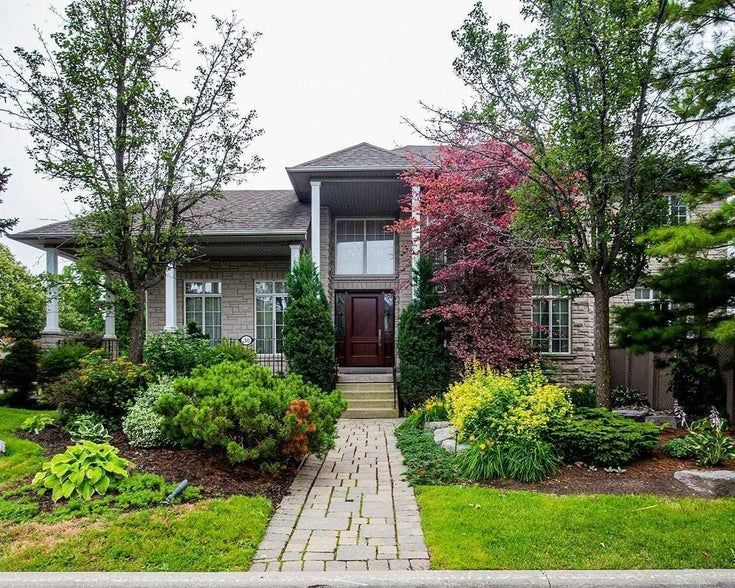 30 Amelynn Cres N - Sonoma Heights Detached for sale, 4 Bedrooms (N5318431)