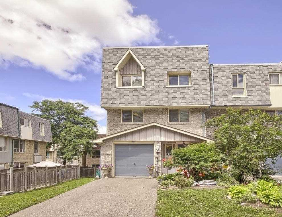 #52 - 114 Henderson Dr - Aurora Highlands Condo Townhouse for sale, 3 Bedrooms (N5325098) - #1