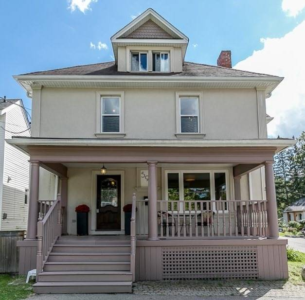596 Queen St - Central Newmarket Detached for sale, 4 Bedrooms (N5366151)