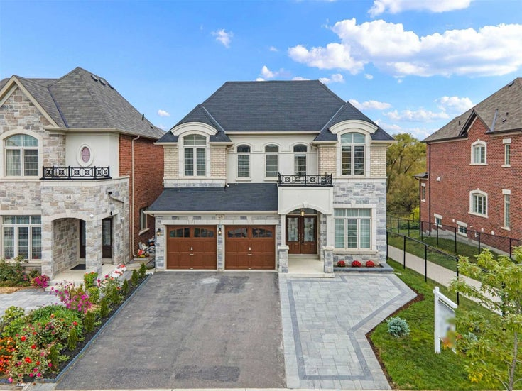 48 Briarfield Ave - Sharon Detached for sale, 5 Bedrooms (N5389706)