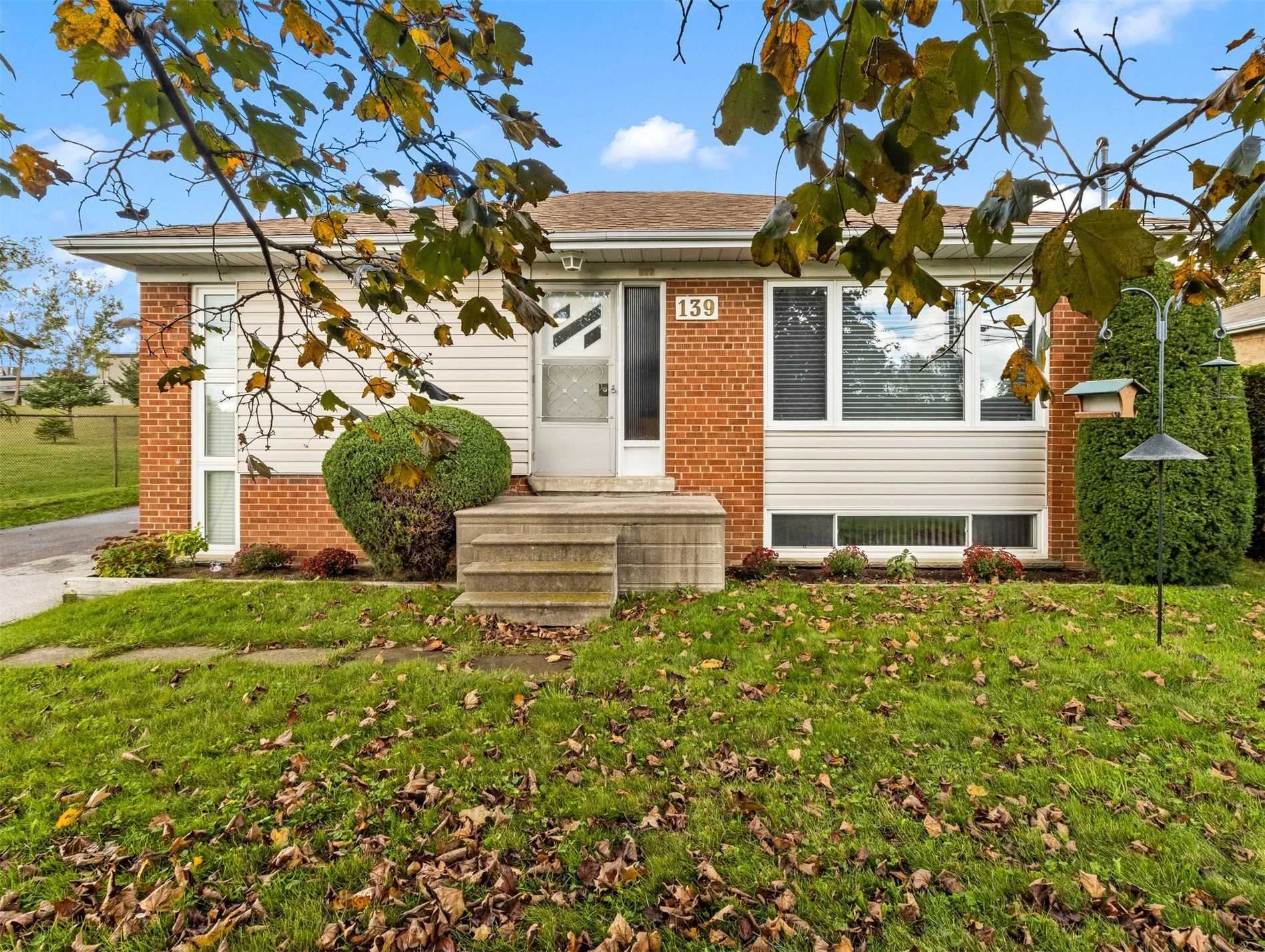 139 Queen St - Central Newmarket Detached for sale, 3 Bedrooms (N5409696) - #1