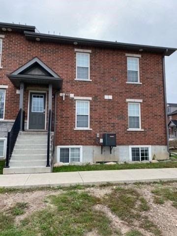 9 - 252 Penetanguishene Rd - Georgian Drive Condo Townhouse for sale(S5402526)