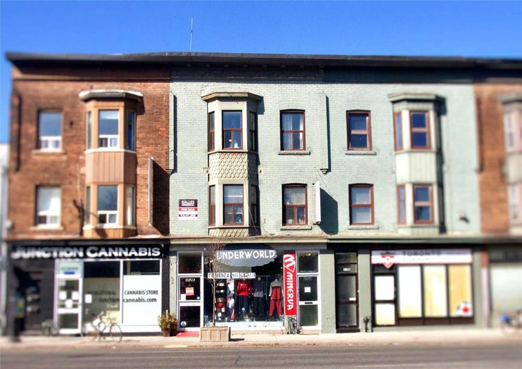 3138 Dundas St W - Junction Area Store w/Apt/Offc for sale, 4 Bedrooms (W5141092)
