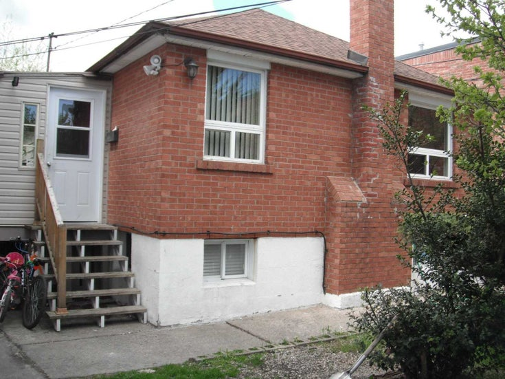 114 Gardenview Cres - Runnymede-Bloor West Village Detached for sale, 3 Bedrooms (W5203762)