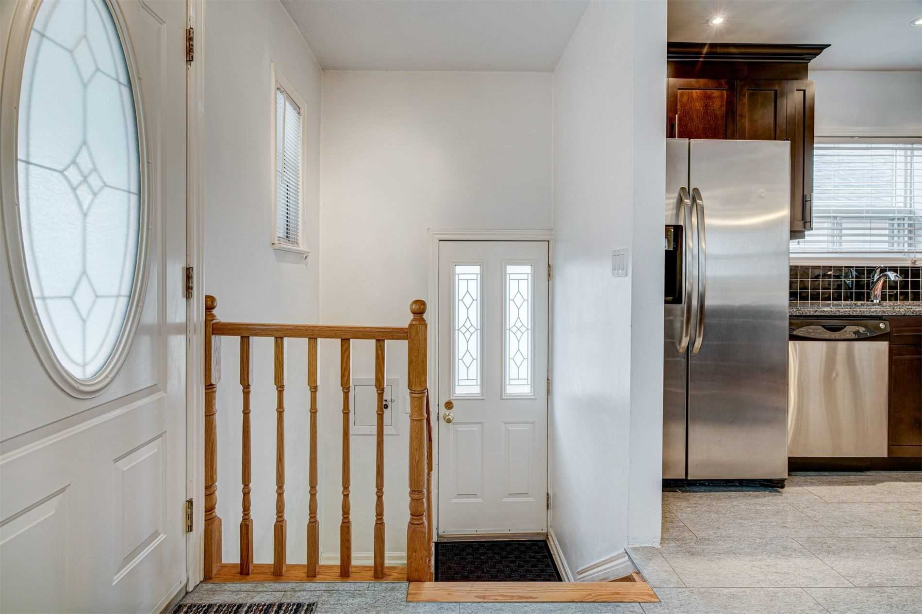 554 Caledonia Rd - Caledonia-Fairbank Detached for sale, 2 Bedrooms (W5305900) - #19