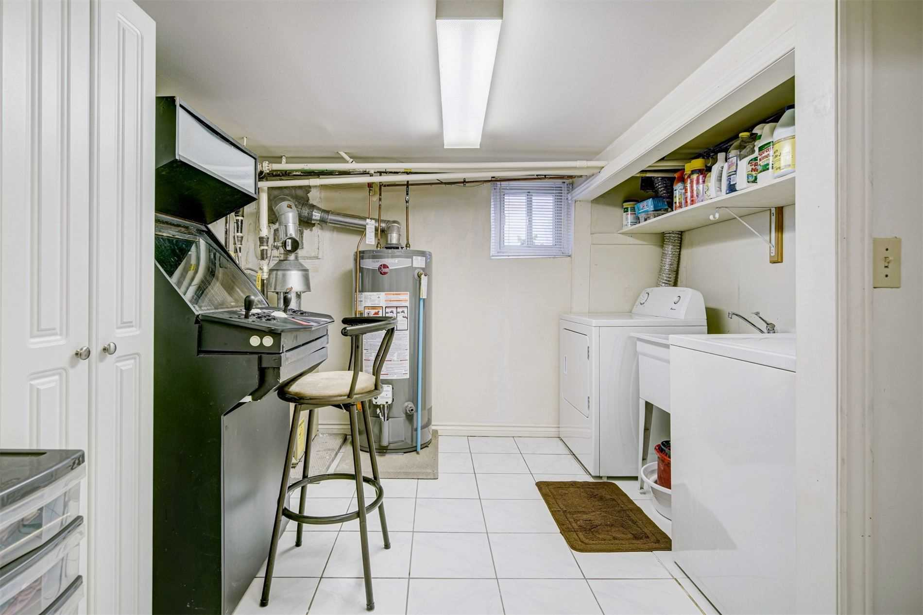 554 Caledonia Rd - Caledonia-Fairbank Detached for sale, 2 Bedrooms (W5305900) - #21